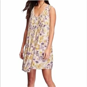 Old Navy Floral Boho Pleated Swing Dress